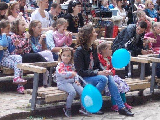 Фестиваль семейных ценностей «В кругу семьи» ко Дню семьи в Мариинском парке