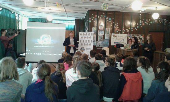 Центр Здоровой Молодежи - Украина Профілактика в cпортивно-оздоровчих таборах для дітей.