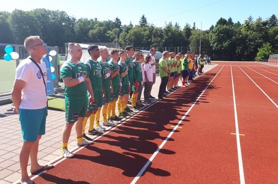 Центр Здоровой Молодежи - Украина Футбол проти наркотиків у Вінниці