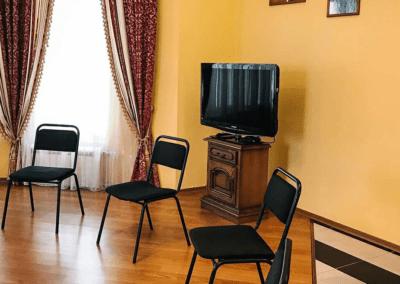 Реабилитационный центр во Львове — лечение зависимостей - img 9418 400x284